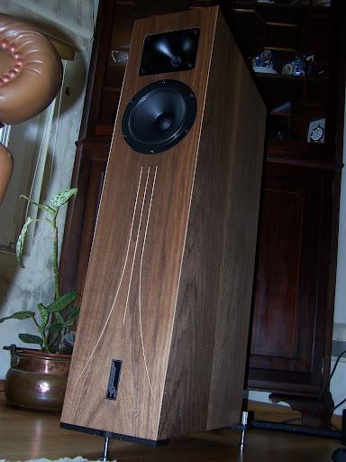 Sistema audio quasi-vintage... com algumas pontas novas  101_5630