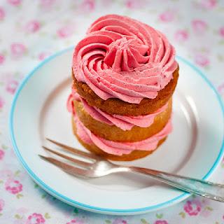 Very Vanilla Mini Cakes.