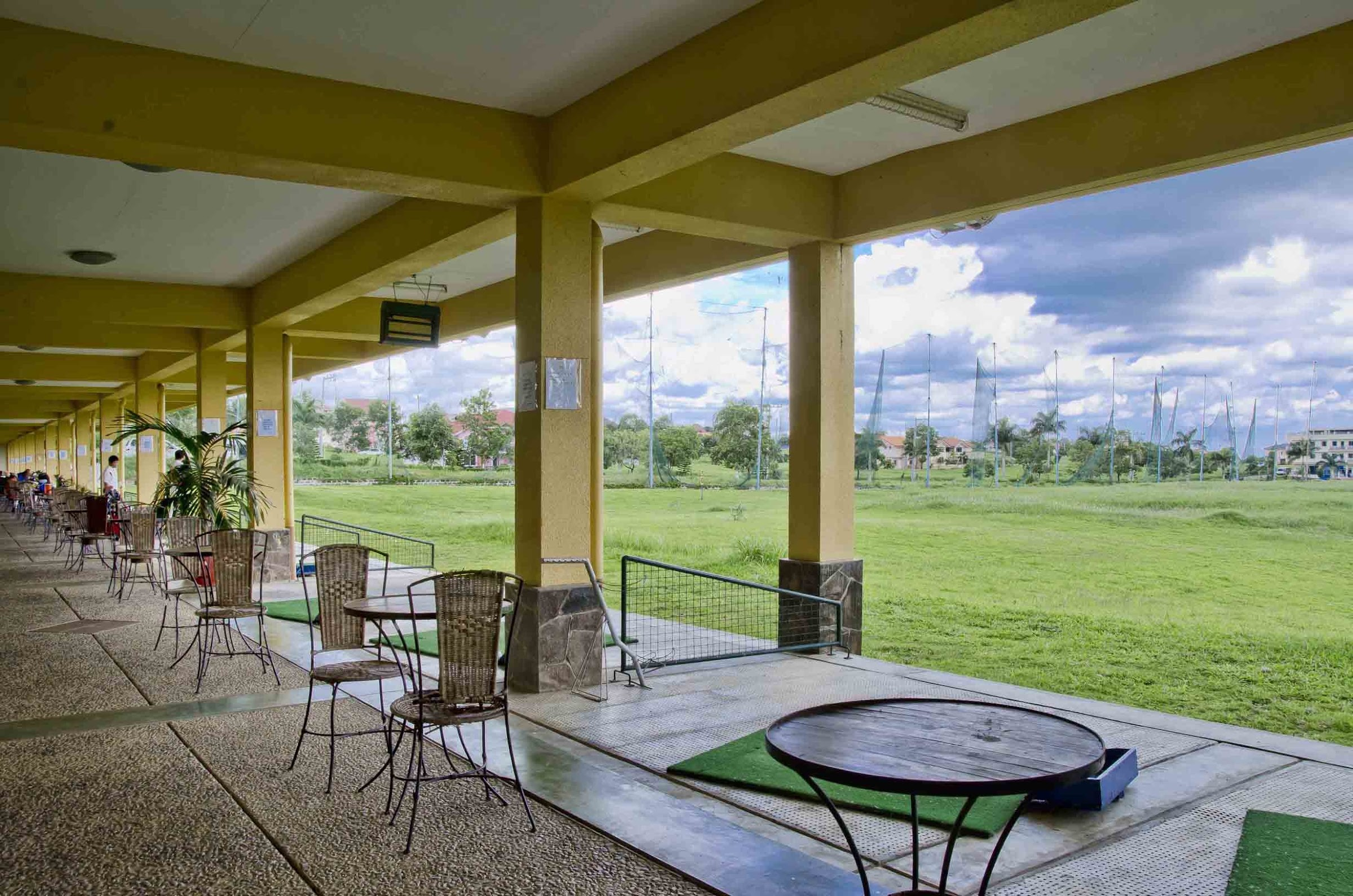 Metrogate Silang Estates golf course driving range