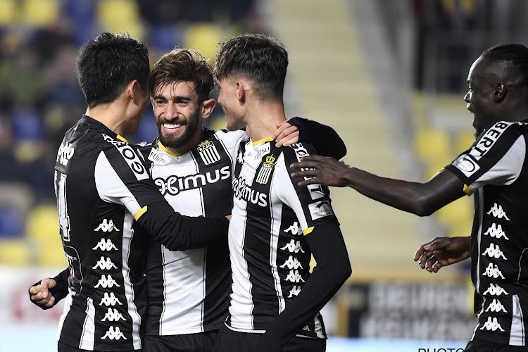 Un quart à l'arrachée: Charleroi poursuit sa route en Coupe de Belgique!