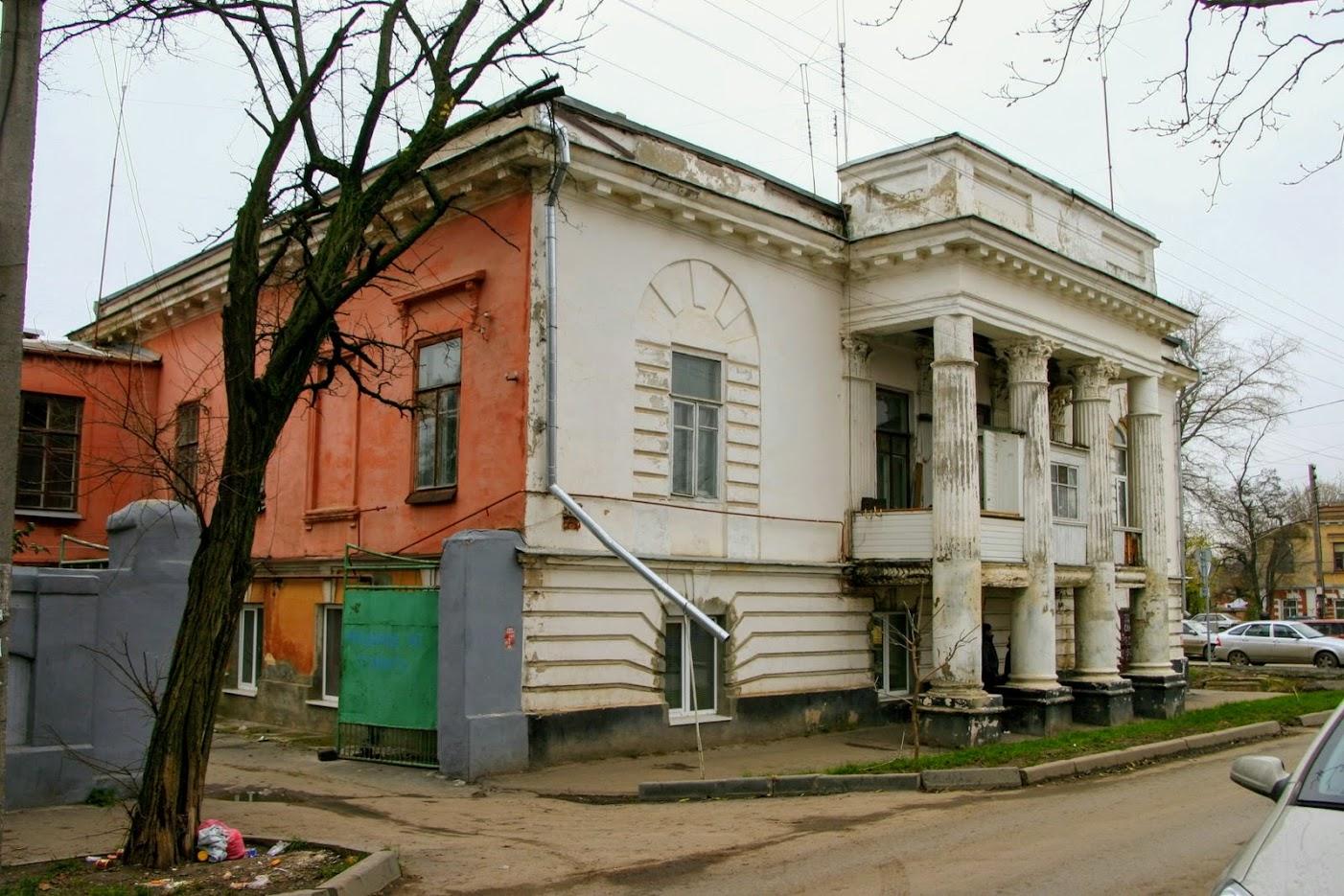 https://sites.google.com/site/istoriceskijtaganrog/cehova-ulica/dom-129