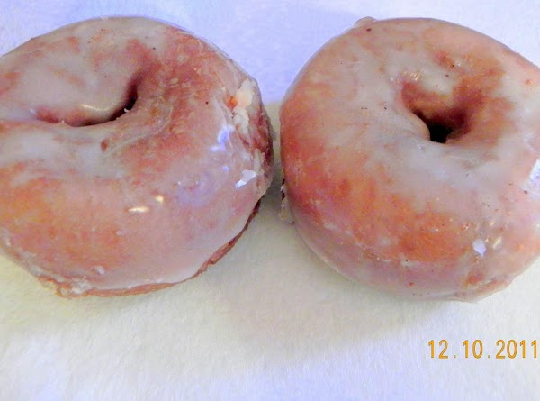 Also from Whitehouse Farms in Columbiana, Ohio is their famous cake donuts and these...