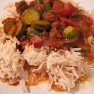 Zucchini and Meat in Tomato Stew