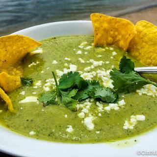 Simple Avocado Soup - Sopa de Aguacate