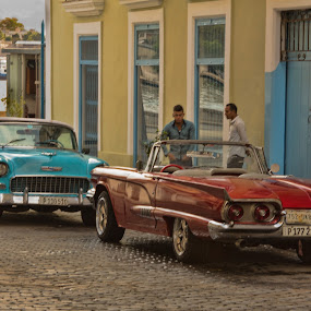by Bill Dickson - Transportation Automobiles ( carsxcuba x red xpeople x classic cars,  )