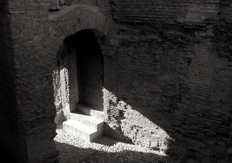 alcazaba doorway; click for previous post