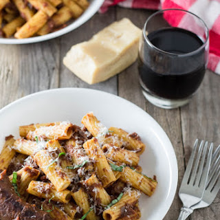 Rigatoni with Braised Sausages in Red Wine-Tomato Sauce