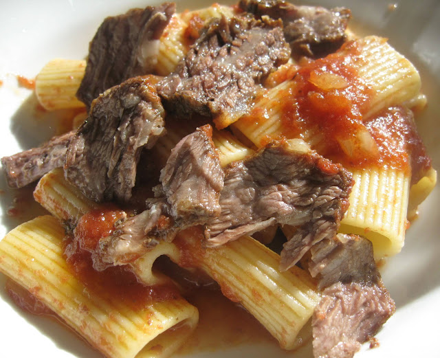 Rigatoni with Braised Short Ribs in Tomato Sauce Recipe