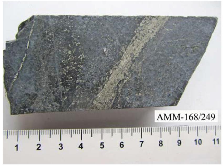 Метасоматит кальцит-хлорит-кварц-серицитовый