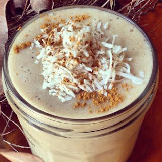 Nourishing Autumn Chai Smoothie [Vegan]