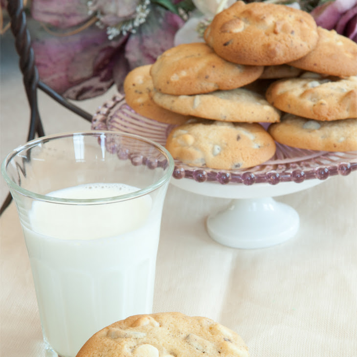 Macadamia Double Chocolate Chunk Cookie-Cake Recipe