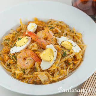 Simple Pancit Palabok.