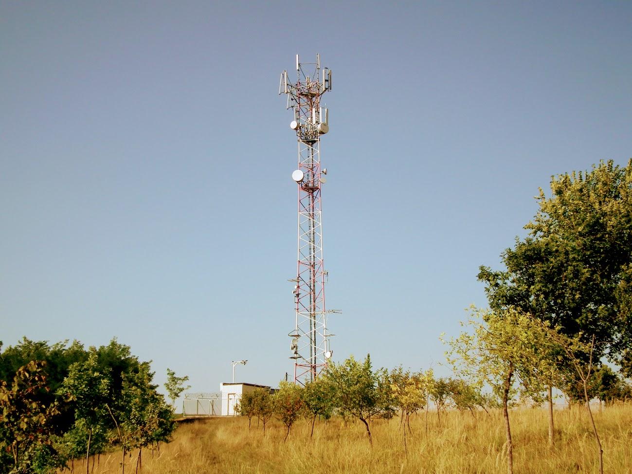Ózd/Wesselényi út - helyi URH-FM adóállomás