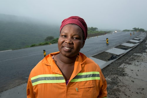 Nontembeko Khenku is building sidewalks and running her small business thanks to SANRAL.