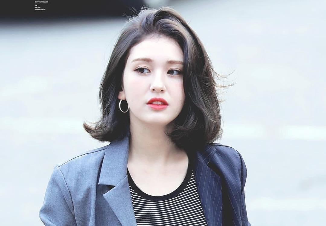 Jeon-Somi-11