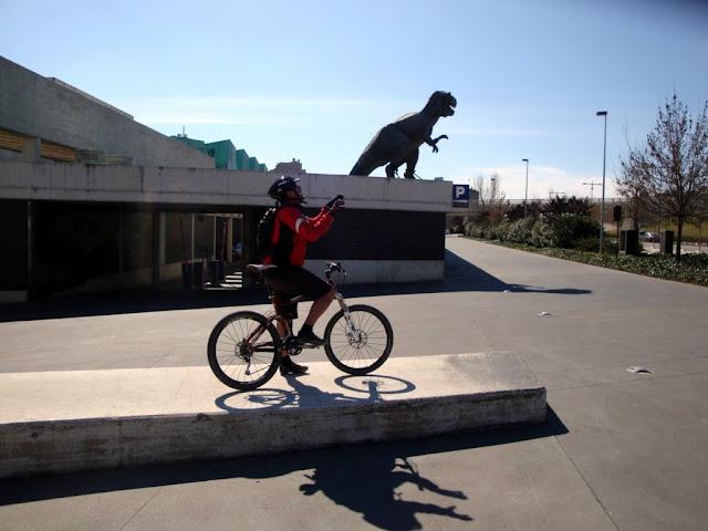 Sergio y el dinosaurio