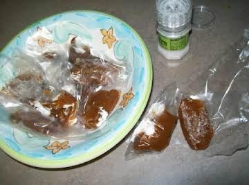 Caramel de le sel....creamy caramel with sea salt.