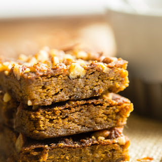 Gluten Free Vegan Carrot Cake Blondies {Paleo}