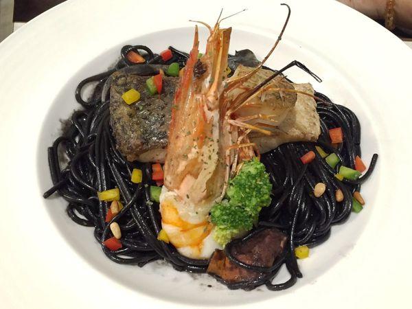 夜坡義大利餐廳 東港店
