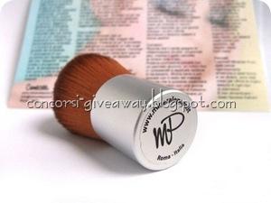 Giveaway-make-up-minerale-minerale-puro-kabuki-3-1