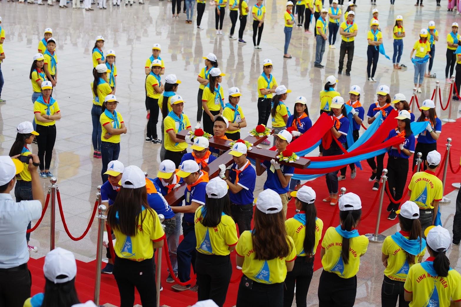Những hình ảnh đẹp về lễ khai mạc Đại Hội Giới Trẻ giáo tỉnh Hà Nội lần thứ XV tại Thanh Hóa - Ảnh minh hoạ 34