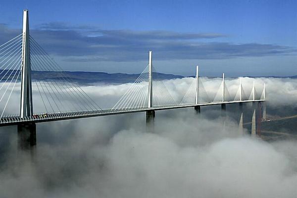 「ミヨー橋」 こんな凄い建造物があるなんて知りませんでした。 以下番組... ミヨー橋|My F