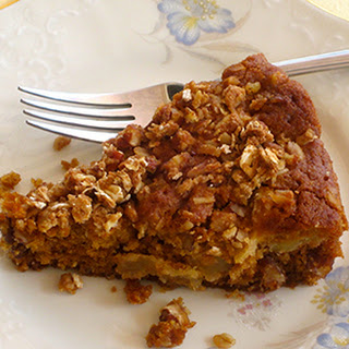 Apple Cinnamon Streusel Cake