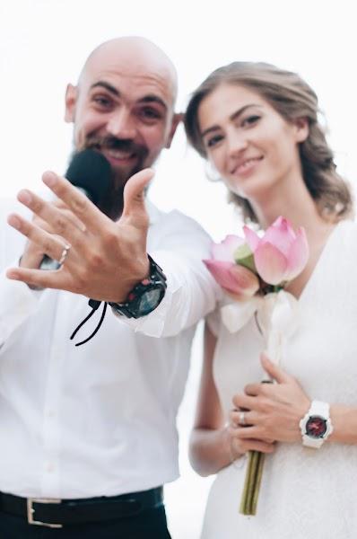 Wedding photographer Eva Tori (evatori). Photo of 24.10.2016