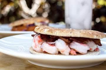 Bacon Shrimp Sammie w/Garlic