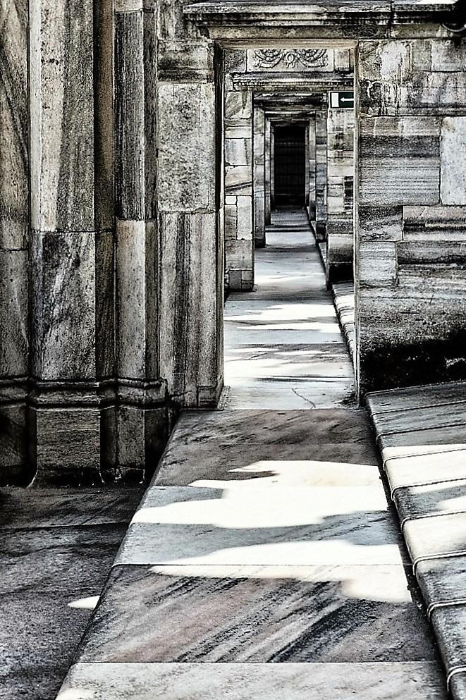 Fra le guglie del Duomo di ely50