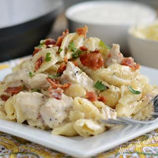 Instant Pot Creamy Chicken Bacon Ranch Pasta Recipe