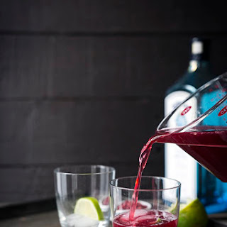Pomegranate Gin and Tonic Cocktail.