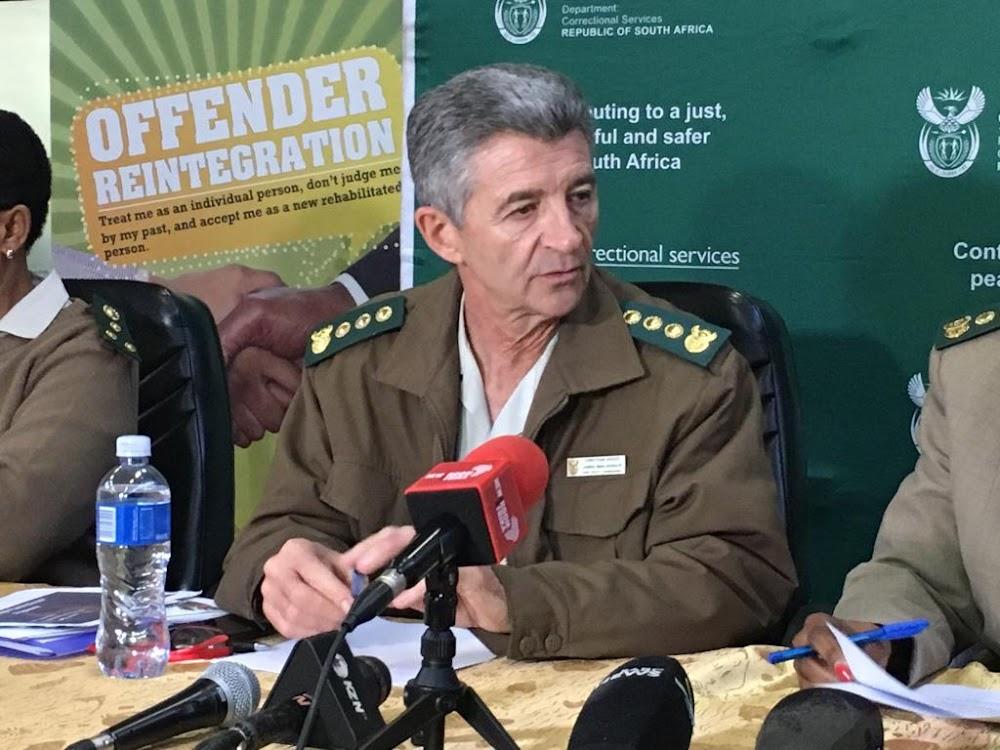 Gevangenes en personeel kook hul eie maaltye nadat die Bosasa-kontrak beëindig is - SowetanLIVE Sunday World