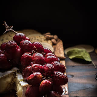 Balsamic Roasted Grapes with Brie.