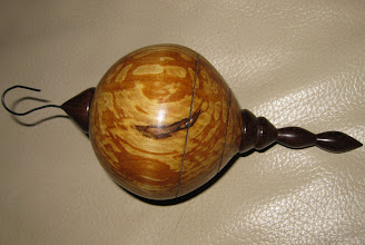 Photo: Christmas ornament 3 in spalted maple and katalox. Dec. 2008.