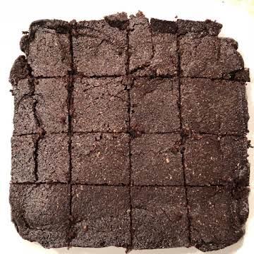 Keto Brownies | 1 Net Carb Per Keto Brownie | Fudgy & Low Carb Keto Brownie Recipe