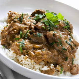 Slow Cooker Beef Tips And Gravy With Rice.