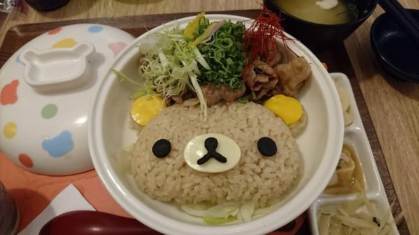 台北中山區~Rilakkuma Cha-Ya拉拉熊茶屋~療癒系主題餐廳~日式拉拉包廂、萌萌噠拉拉料理~好拍到嫑嫑的啦~