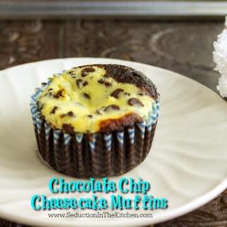 Chocolate Chip Cheesecake Muffins