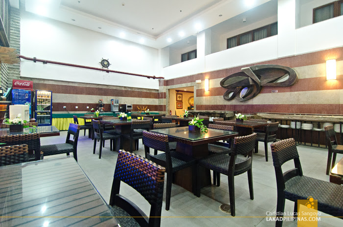 Crown Regency Beach Resort Boracay Restaurant