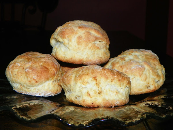 Southern Homemade Buttermilk Biscuits Recipe