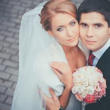 Wedding photographer Vladimir Lavrenchuk (Vladlav). Photo of 20.12.2014