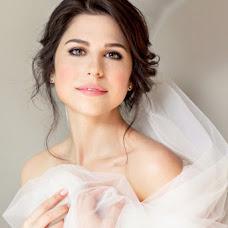 Wedding photographer Galina Nabatnikova (Nabat). Photo of 10.03.2017