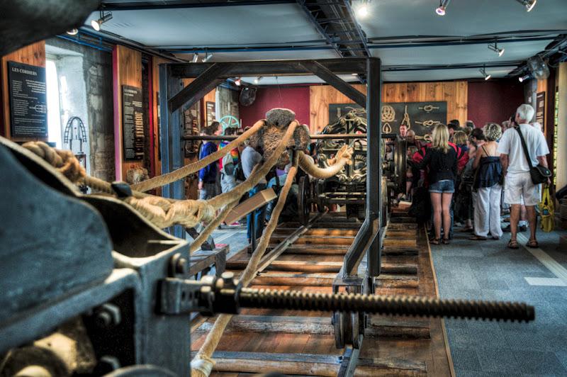 La machine à corder (Corderie Royale de Rochefort)... 20100812_09_Corderie_machine_corde_D90_DSC_0275-HDR
