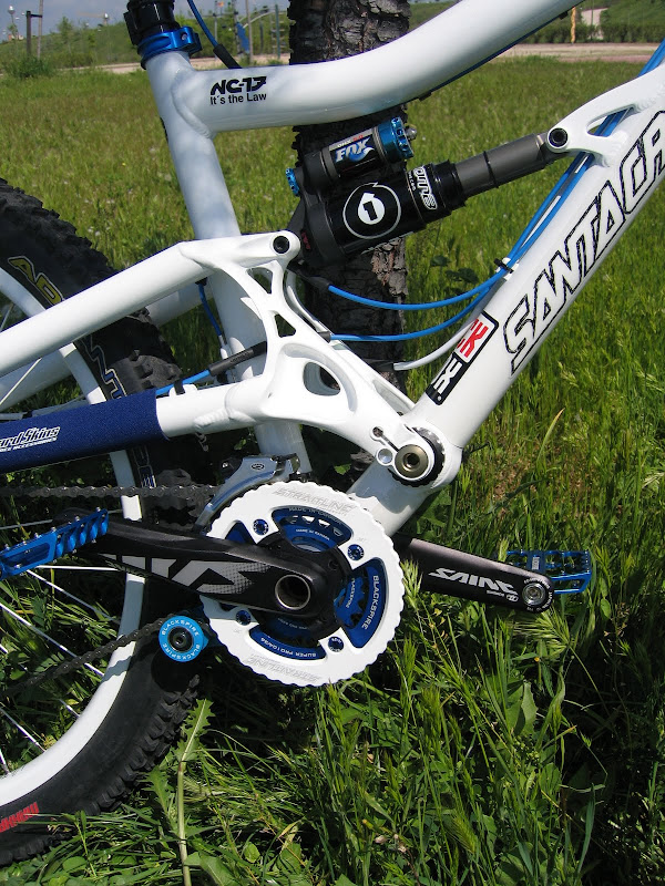 My new bike, Santa Cruz Bullit, built from scratch by myself- Mtbr.com
