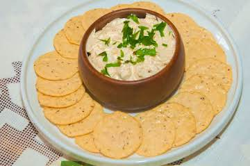 Entertaining Essentials: Horseradish Cheese Dip