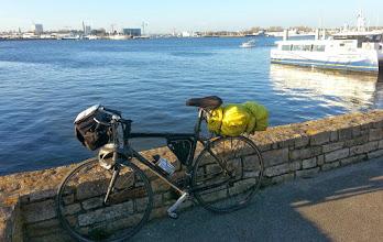 Photo: A l'embarcadère de Pen Mané. En face, Lorient !