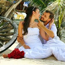 Wedding photographer Evgeniy Cherkasov (jonny-bond). Photo of 13.10.2016