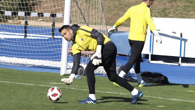 René Román entrenando en el Anexo.