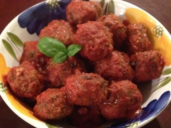 Who Said You Can't Play With Your Food??  Raisin Meatballs!!!